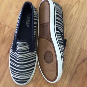 Ralph Lauren Shoes - New Navystripesize 8 b Ralph Lauren Slip on  shoe